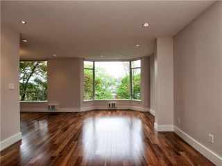 Photo 7: 302 2628 ASH Street in Vancouver: Fairview VW Townhouse for sale (Vancouver West)  : MLS®# V957986
