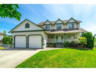 Photo 3: 7808 TAVERNIER Terrace in Mission: Mission BC House for sale : MLS®# R2580500