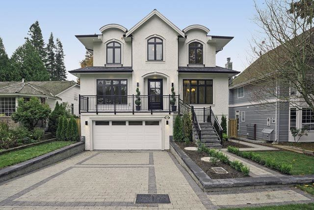 Main Photo: 12682 14B AVENUE in Surrey: Crescent Bch Ocean Pk. House for sale (South Surrey White Rock)  : MLS®# F1450635