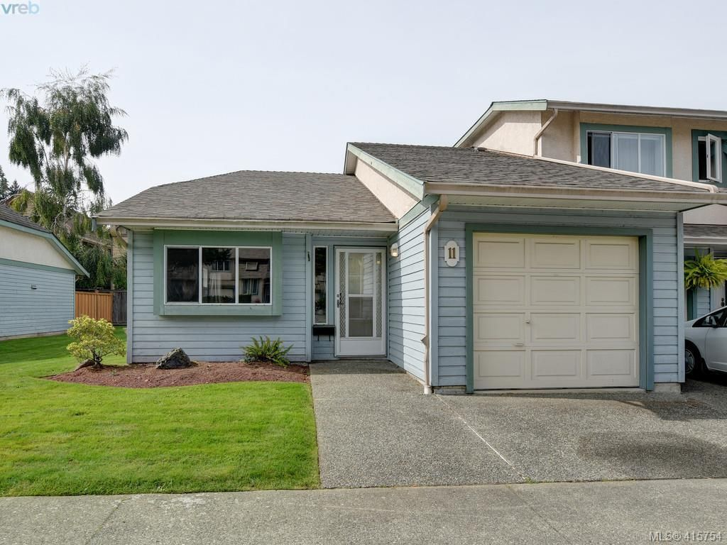 Main Photo: 11 515 Mount View Ave in VICTORIA: Co Hatley Park Row/Townhouse for sale (Colwood)  : MLS®# 824724