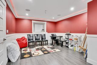 Photo 35: 7858 SUNCREST Drive in Surrey: East Newton House for sale : MLS®# R2584749