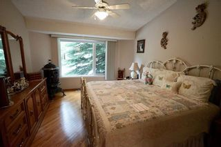 Photo 16: 32 DOUGLASVIEW Park SE in Calgary: Douglasdale/Glen House for sale : MLS®# C4190218