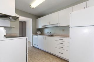 """Photo 11: 313 13771 72A Avenue in Surrey: East Newton Condo for sale in """"NEWTOWN PLAZA"""" : MLS®# R2287531"""