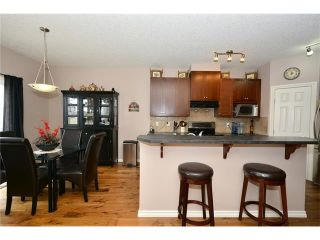 Photo 5: 193 ROYAL CREST VW NW in Calgary: Royal Oak House for sale : MLS®# C4107990