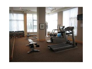 """Photo 5: 2302 2289 YUKON Crescent in Burnaby: Brentwood Park Condo for sale in """"WATERCOLOURS"""" (Burnaby North)  : MLS®# V1088877"""