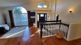 Photo 4: 28 Fairmont Place S: Lethbridge Detached for sale : MLS®# A1092454