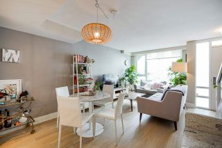 """Photo 6: 532 W 7TH Avenue in Vancouver: Fairview VW Townhouse for sale in """"CAMBIE+7"""" (Vancouver West)  : MLS®# R2590718"""