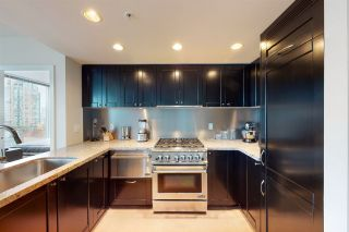"""Photo 3: 904 1133 HOMER Street in Vancouver: Yaletown Condo for sale in """"H&H"""" (Vancouver West)  : MLS®# R2452067"""