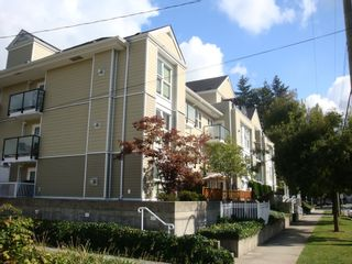Photo 1: 310 1519 GRANT Ave in The Beacon: Glenwood PQ Home for sale ()  : MLS®# V791493