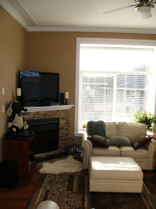 """Photo 3: 409 33338 Mayfair in Abbotsford: Condo for sale in """"The Sterling on Mayfair"""""""