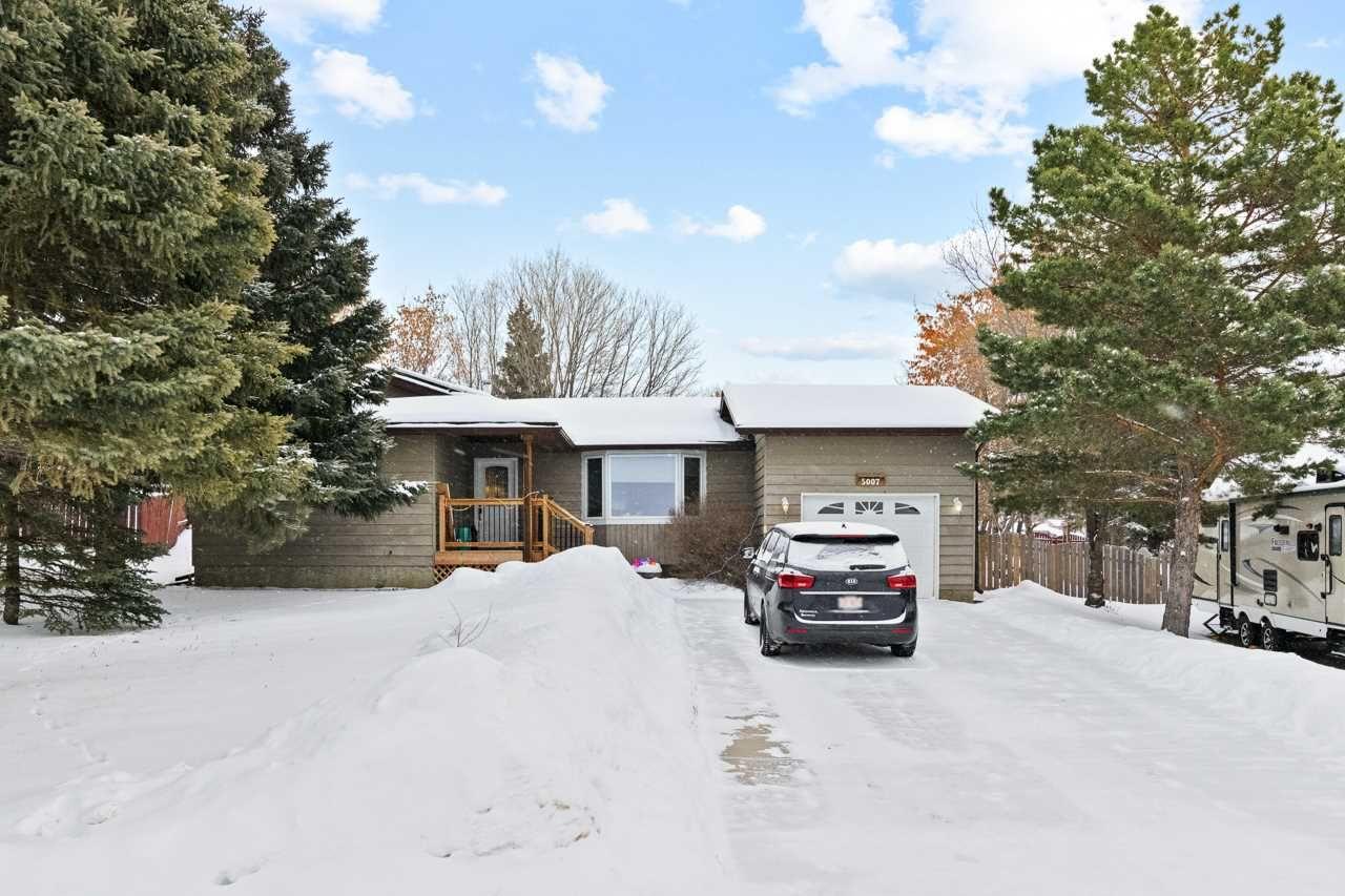 Main Photo: 5007 42 Street: Cold Lake House for sale : MLS®# E4228942