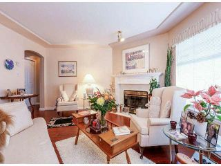 "Photo 2: 25 9168 FLEETWOOD Way in Surrey: Fleetwood Tynehead Townhouse for sale in ""FOUNTAINS"" : MLS®# F1403191"