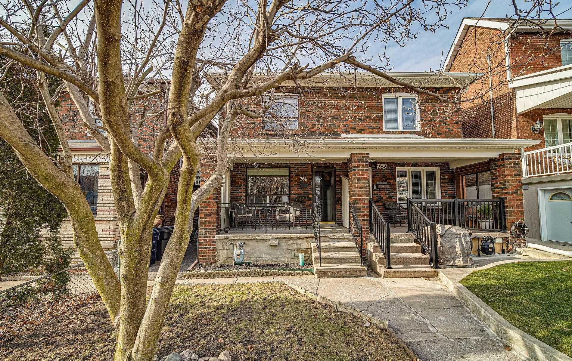 Main Photo: 264 Gilbert Avenue in Toronto: Caledonia-Fairbank House (2-Storey) for sale (Toronto W03)  : MLS®# W5095155