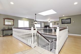 Photo 5: 17040 57 Avenue in Surrey: Cloverdale BC House for sale (Cloverdale)  : MLS®# R2037607