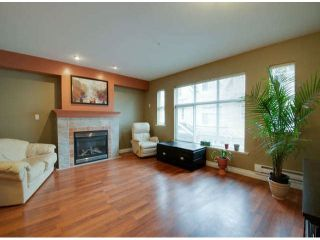 Photo 4: 18 6450 199 Street in Logan's Landing: Home for sale : MLS®# F1305726