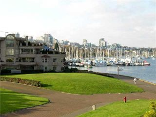 """Photo 1: # 314 1859 SPYGLASS PL in Vancouver: False Creek Condo for sale in """"SAN REMO COURT"""" (Vancouver West)  : MLS®# V854208"""