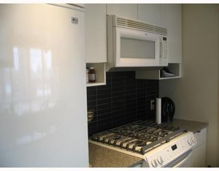 """Photo 3: 1205 939 EXPO Boulevard in Vancouver: Downtown VW Condo for sale in """"MAX 2"""" (Vancouver West)  : MLS®# V700937"""