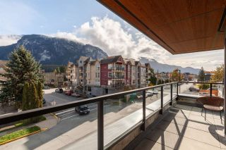 """Photo 18: 402 38013 THIRD Avenue in Squamish: Downtown SQ Condo for sale in """"THE LAUREN"""" : MLS®# R2426985"""