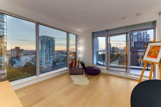 Photo 2: 903 889 PACIFIC STREET in Vancouver: Downtown VW Condo for sale (Vancouver West)  : MLS®# R2614072