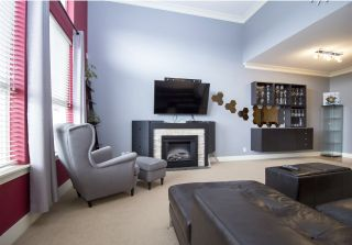 """Photo 6: 411 5430 201 Street in Langley: Langley City Condo for sale in """"Sonnet"""" : MLS®# R2304221"""
