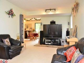 "Photo 2: 6937 134A Street in Surrey: West Newton 1/2 Duplex for sale in ""BENTLEY"" : MLS®# F1210646"
