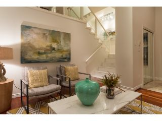 """Photo 4: T09 1501 HOWE Street in Vancouver: Yaletown Townhouse for sale in """"888 BEACH"""" (Vancouver West)  : MLS®# R2020483"""