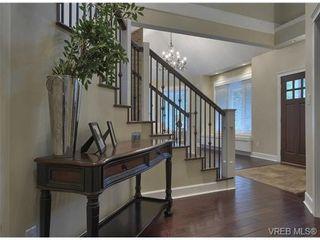 Photo 9: 710 Red Cedar Court in : Hi Western Highlands House for sale (Highlands)  : MLS®# 318998