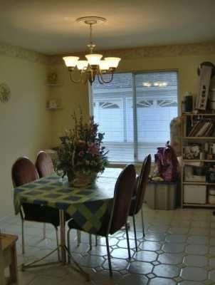 "Photo 5: 17 8051 ASH ST in Richmond: Garden City Townhouse for sale in ""CARLTON TERRACE"" : MLS®# V583705"