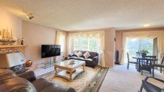 Photo 2: 1521 MCKENZIE Road in Abbotsford: Poplar House for sale : MLS®# R2577404