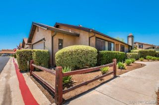 Photo 2: SANTEE House for sale : 3 bedrooms : 10392 Rochelle Ave