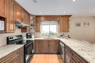 """Photo 14: 13527 14 Avenue in Surrey: Crescent Bch Ocean Pk. House for sale in """"Marine Terrace"""" (South Surrey White Rock)  : MLS®# R2552235"""
