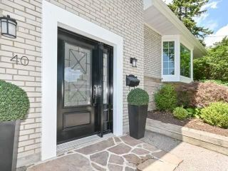Photo 3: 40 Fareham Cres in Toronto: Guildwood Freehold for sale (Toronto E08)  : MLS®# E4851015