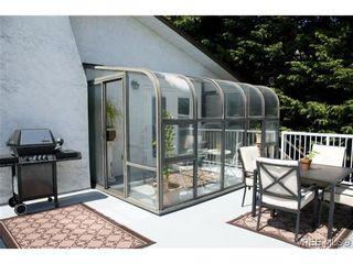 Photo 9: 970 Annie St in VICTORIA: SE Quadra Half Duplex for sale (Saanich East)  : MLS®# 606307