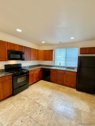 Photo 4: POINT LOMA Condo for rent : 1 bedrooms : 3244 Nimitz Blvd. #7 in San Diego