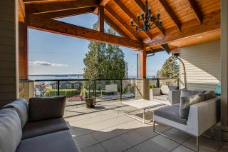 Photo 2: 2355 MARINE Drive in West Vancouver: Dundarave 1/2 Duplex for sale : MLS®# R2564845