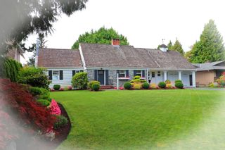 """Photo 2: 987 PACIFIC Drive in Delta: English Bluff House for sale in """"THE VILLAGE"""" (Tsawwassen)  : MLS®# R2615607"""