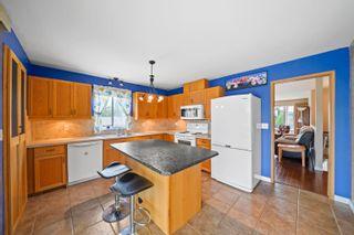 Photo 2: 20255 HAMPTON Street in Maple Ridge: Southwest Maple Ridge House for sale : MLS®# R2617088