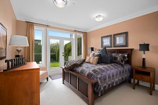 """Photo 30: 14342 SUNSET Drive: White Rock House for sale in """"White Rock Beach"""" (South Surrey White Rock)  : MLS®# R2590689"""