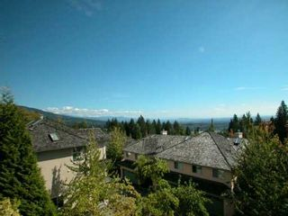 """Photo 2: 2951 PANORAMA Drive in Coquitlam: Westwood Plateau Townhouse for sale in """"STONEGATE"""" : MLS®# V606959"""