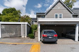 """Photo 3: 3475 WEYMOOR Place in Vancouver: Champlain Heights Townhouse for sale in """"Moorpark"""" (Vancouver East)  : MLS®# R2611792"""