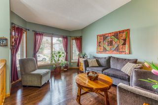 Photo 3: 6105 Signal Ridge Heights SW in Calgary: Signal Hill Detached for sale : MLS®# A1102918