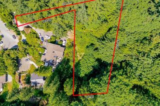 """Photo 4: 465 TIMBERTOP Drive: Lions Bay Land for sale in """"Lions Bay"""" (West Vancouver)  : MLS®# R2603157"""