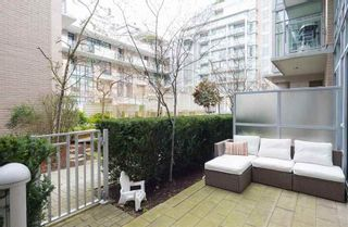 Photo 14: 102 150 ATHLETES Way in Vancouver West: False Creek Home for sale ()  : MLS®# R2250562
