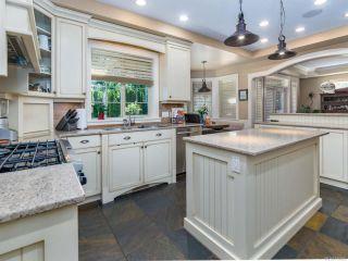 Photo 3: 1303 Ocean View Ave in COMOX: CV Comox (Town of) House for sale (Comox Valley)  : MLS®# 766620