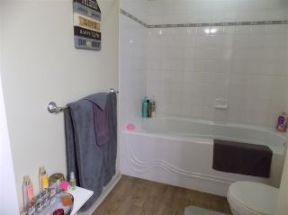 """Photo 15: 205 33485 SOUTH FRASER Way in Abbotsford: Central Abbotsford Condo for sale in """"CITADEL RIDGE"""" : MLS®# R2490166"""