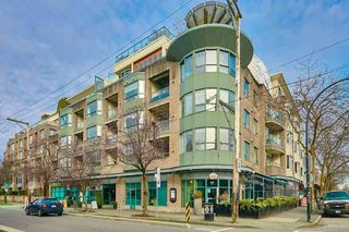 """Main Photo: 303 1688 CYPRESS Street in Vancouver: Kitsilano Condo for sale in """"YORKVILLE SOUTH"""" (Vancouver West)  : MLS®# R2546456"""