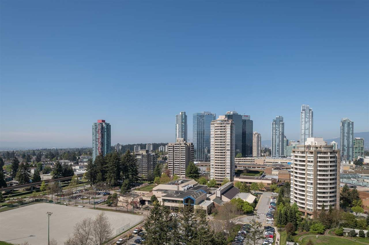 """Photo 19: Photos: 2106 6588 NELSON Avenue in Burnaby: Metrotown Condo for sale in """"The MET"""" (Burnaby South)  : MLS®# R2263344"""