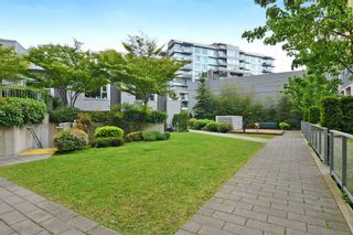 """Photo 13: 2727 PRINCE EDWARD Street in Vancouver: Mount Pleasant VE Townhouse for sale in """"UNO"""" (Vancouver East)  : MLS®# V1122910"""
