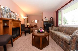 Photo 4: 121 McKee Crescent in Regina: Whitmore Park Residential for sale : MLS®# SK740847