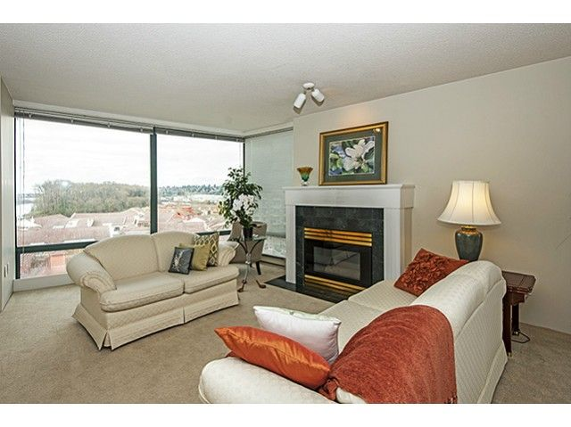 Photo 4: Photos: # 907 8 LAGUNA CT in New Westminster: Quay Condo for sale : MLS®# V1054461